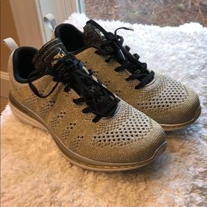 APL gold/silver shoes